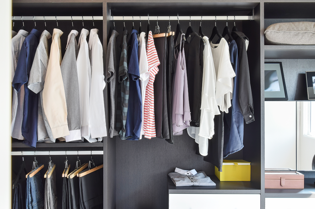 reach-in-custom-closets-houston